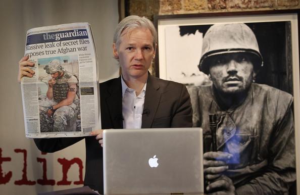 Resultado de imagen para julian assange wikileaks