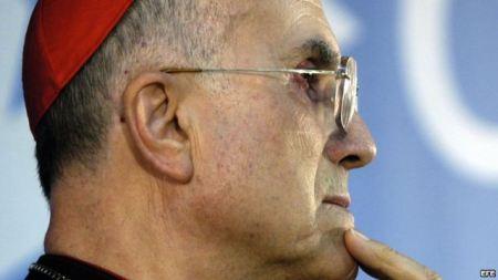 Cardenal Tarciso Bertone, tiene la llave en la sucesión papal