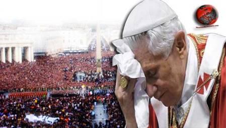 Benedicto XVI debilitado y agotado