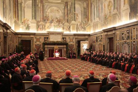 Grandes intrigas y antagonismos en la Curia Romana
