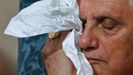 Benedicto XVI frente a la pederastia, claro/ oscuros y pudo haber hecho mucho más