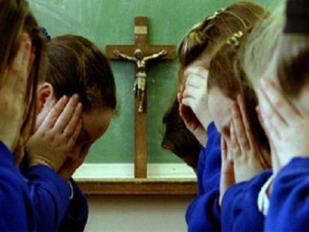 La Iglesia católica ha venido perdiendo autoridad moral