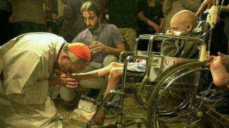 ¿Esta señales de sencillez y humildad marcarán el pontificado del Papa Francisco?