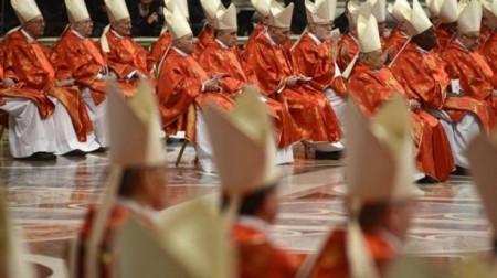 conclave_cardenalesmisa_foto610x342