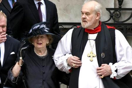 Thatcher crece en el metodismo pero políticamente se convierte al anglicanismo