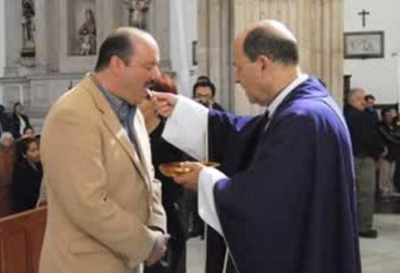 El gobernador de Chihuahua Cérsar consagró a Chuhuahua al Sagrado Corazón  de Jesús y al Doloroso e Inmaculado Corazón de María