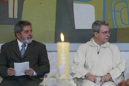 Lula y Fray Betto quien tuvo a su cargo las primeras etapas del proyecto Hambre Cero en Brasil