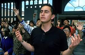 Los movimientos  católicos carismáticos se han fortalecido