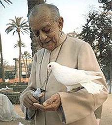 Monseñor Hélder Cámara todo un ícono en Brasil