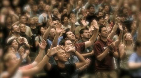 En Brasil el número de creyentes, especialmente pentecostales,  aumentó de 15.4 por ciento en 2000 a 22.2 por ciento en 2010