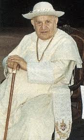 Juan XXIII el Papa bueno,  tiene cierto paralelismo con Francisco