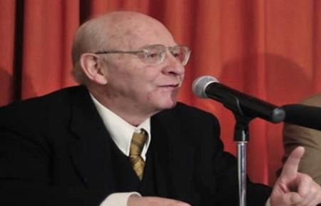 José barba en 1997 hizo publica su denuncia contra Maciel y los Legionarios y presentó más de un kilo de documentos