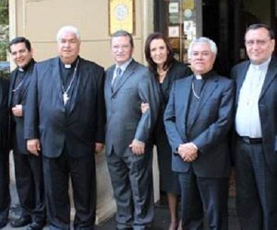 Embajador Mariano Palacios con obispos mexicanos