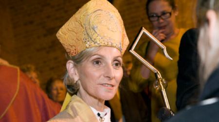 Las mujeres en la Iglesia Anglicana podrán ser consagradas obispas