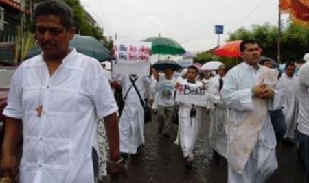 ¡Ya  Basta! manifestación en Ciudad Altamirano, Guerrero