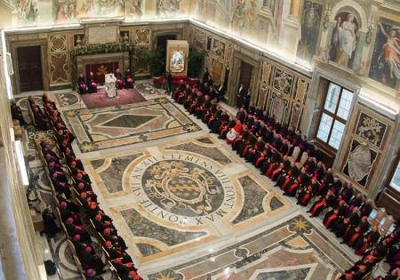El Papa Francisco, el 22 de diciembre de 2014 le leyó la cartilla a la curia romana