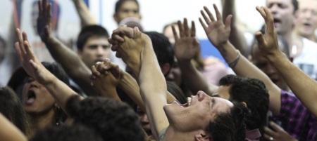 Es notable el ascenso de movimientos neopentecostales en Centroamérica y Brasil