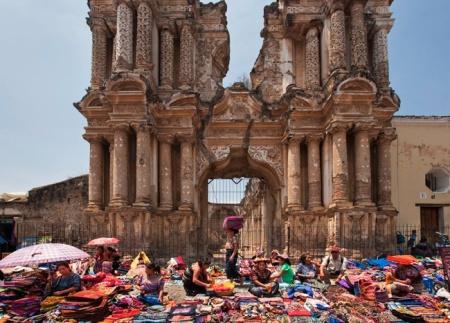 iglesias_en_ruinas_el_magnetismo_de_lo_roto_y_trasnochado_298299933_650x