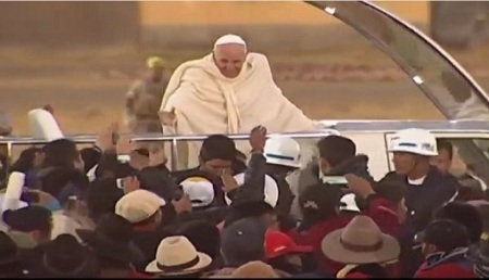 Su paso por el aeropuerto y La Paz tuvieron impacto en la estabilidad física del Papa Francisco de 78 años