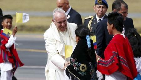 papa_Francisco-Ecuador_MDSVID20150706_0016_17