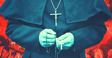 show_priest.png_effected-001