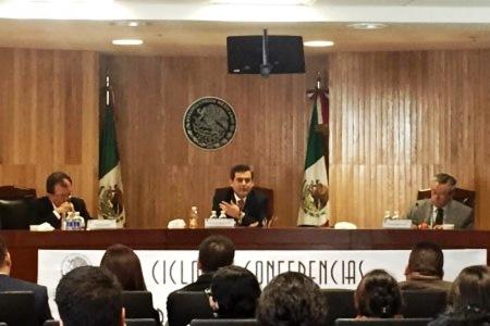"""Foro sobre """"Democracia y Religión en México"""", organizado por la Sala Regional Toluca del Tribunal Electoral del Poder Judicial de la Federación (TEPJF) Roberto Blancarte y Bernardo Barranco"""
